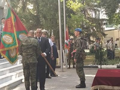 Премиерът връчи бойното знаме на Съвместното командване на специалните сили на неговия командир ген. Явор Матеев