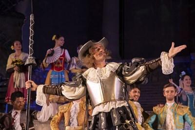 """Старозагорската опера вече откри новия си балетен сезон с постановката """"Дон Кихот"""" от Лудвиг Минкус."""