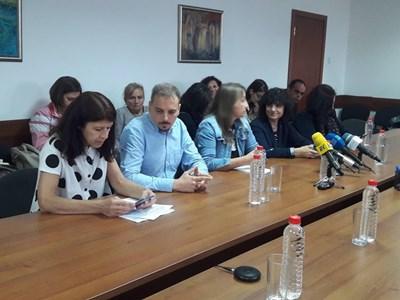 Силвия Великова пред СЕМ: Получих заповедта за отстраняването си по имейл (Обновена)