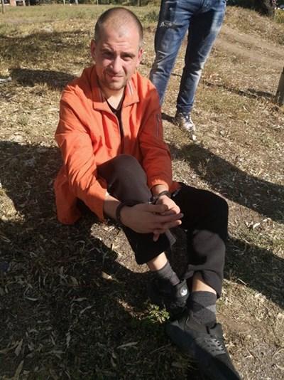"""Жители на столичния кв. """"Люлин"""" задържаха и предадоха на полицията уличен грабител."""
