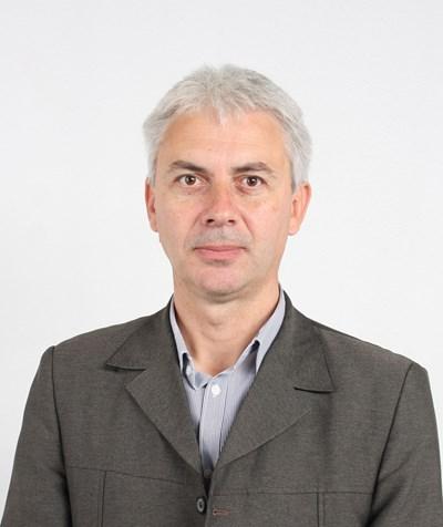 Бельо Мандраджиев от ДПС хвърли оставка като шеф на общинския съвет във Велинград.