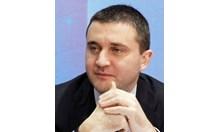 Горанов: Предложението за първия ден на болничните е на управляващата коалиция и е в пакет