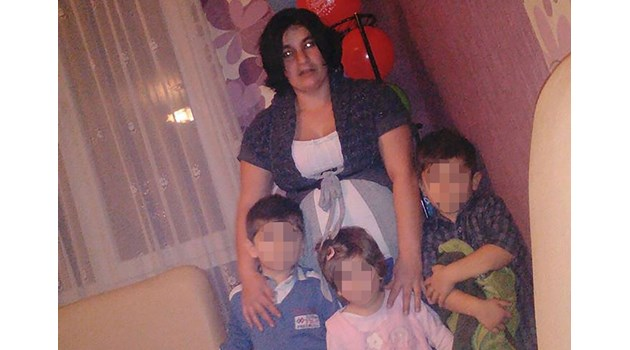 Отказват да върнат децата на Даниела, въпреки че вече има дом и доходи