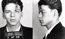 22 години след смъртта му: Не простиха на Франк Синатра за връзките му с мафията. На тайна среща занесъл $2 млн. на Лъки Лучано