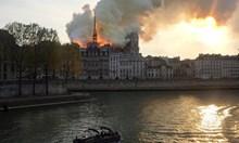 """Пожарникар е в много тежко състояние, пострадал при гасенето на """"Нотр Дам"""""""