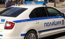 Трима се разминаха с леки травми след каскада с кола край Велико Търново