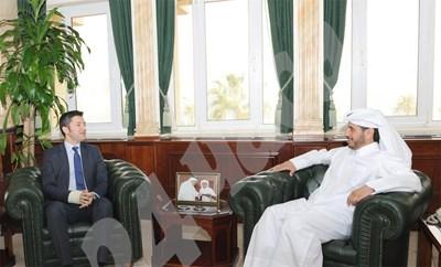 Министърът на външните работи Кристиан Вигенин се срещна с шейх Абдула ал Тани, министър-председател и министър на вътрешните работи на държавата Катар. СНИМКА: МВнР СНИМКА: 24 часа