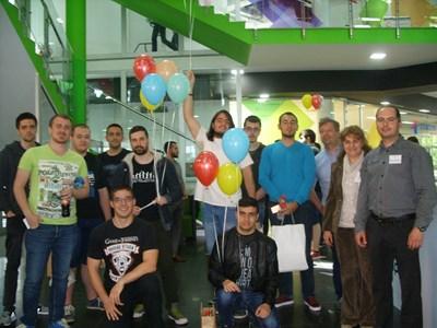 Олимпийците по програмиране от ТУ-Варна и техните ръководители
