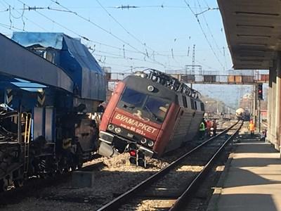 Дерайлирал товарен влак Снимка: Архив