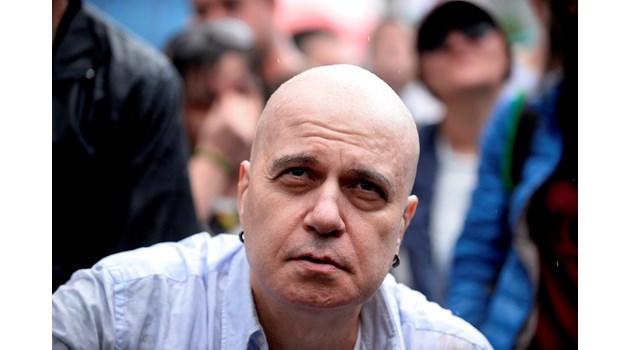 Кои са трите варианта за правителство със Слави и без, за да не ни пращат пак на избори