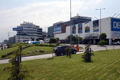 """Една от станциите се планира да е близо до магазин """"Декатлон"""" СНИМКА: Велислав Николов"""