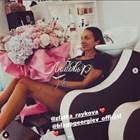 Благой Георгиев поднесе красив букет на Златка Райкова
