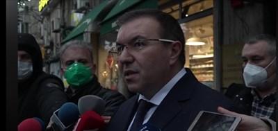 Здравният министър проф. Костадин Ангелов се срещна с директорите на РЗИ-тата, отговорни за логистиката на ваксините по райони.