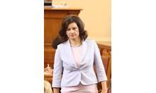 Дариткова: Цветанов остава член на партията