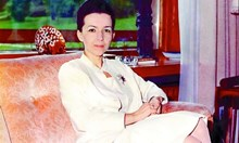 Ванга разкрива ясновидството на Людмила Живкова. Само Иван Славков знаел причините за смъртта на червената принцеса