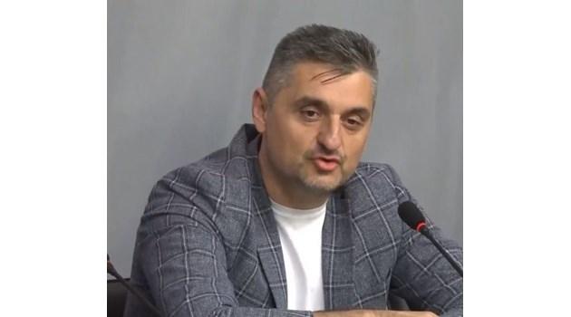 Готов съм да отговарям на детектор за Пеевски и Борисов, но до мен да са и Нинова, и Овчаров