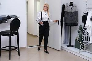 20 г. LUCY Fashion усмихва клиентките и мотивира с грижа екипа си