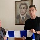 Андриан Краев сложи подпис под нов договор