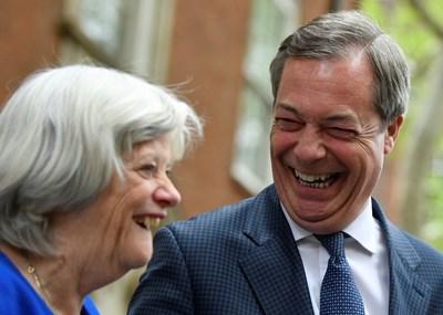 Партията на Найджъл Фараж има големи шансове да спечели предстоящия европейски вот. СНИМКА: РОЙТЕРС