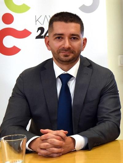 Слави Василев: Полемиките край сертификата няма да откажат от гласуване