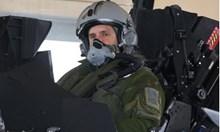 Каква е тази олелия, че президентът Радев пилотирал френски изтребител с най-добрия френски пилот?!
