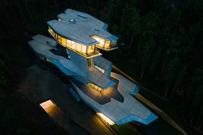 Къщата на Владислав Доронин вече е готова Снимки dezeen.com