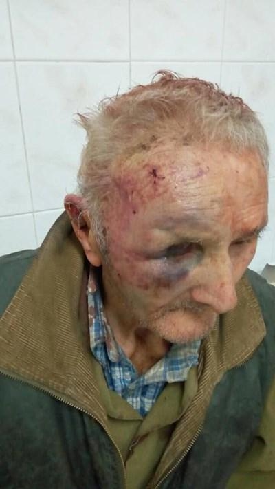 Тази снимка на посинения дядо Георги пусна във фейсбук внукът му Георги Вачев.