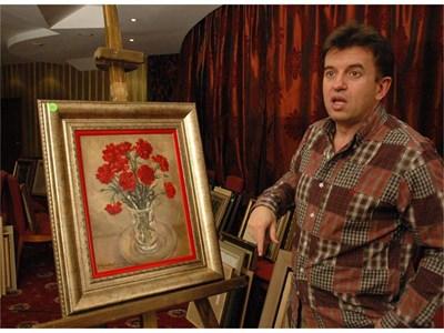 Една от най-скъпите картини в проваления търг е за 8800 евро първоначална цена. Това е монографираният пейзаж