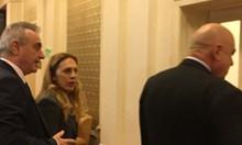 Марияна Николова, която ще смени Валери Симеонов, вече е в парламента (Снимки)