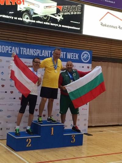 Евгени с първи си медал от шампионата във Финландия. След него завоюва и 1 златен и 3 сребърни.