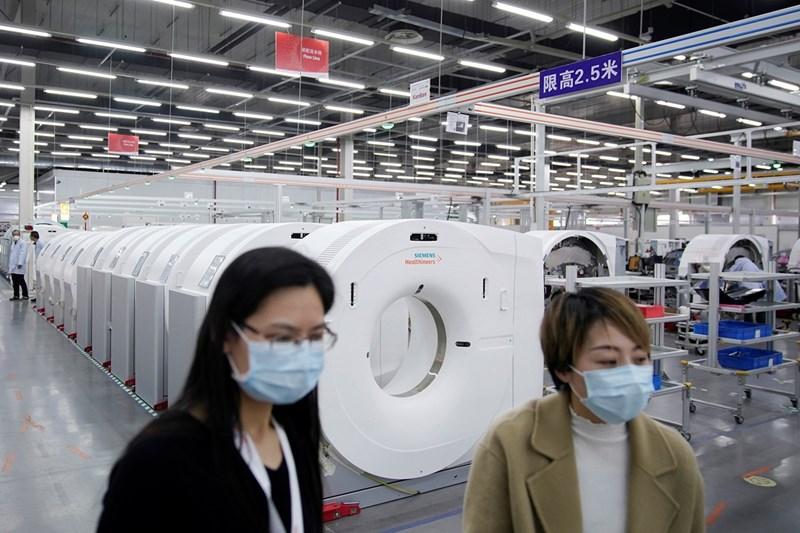 "Работници в ""Сименс"" в Китай"