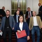 Корнелия Нинова и депутати от БСП внесоха вота.