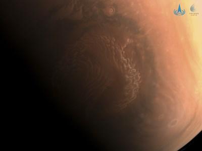 Китай става втората космическа страна след САЩ, кацала на Червената планета. Снимка: CNSA