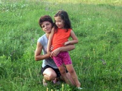 Мелиса и майка й Каймет. СНИМКА: ФЕЙСБУК
