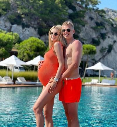 Александър и Влада ще имат бебе скоро