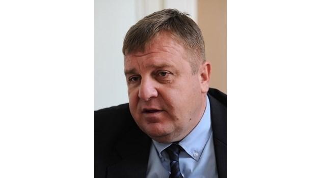 Каракачанов: Циганизацията трябва да бъде спряна незабавно. Внесох Концепцията в МС