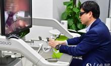 Китайски лекари извършиха първата в света операция от разстояние с 5G технология