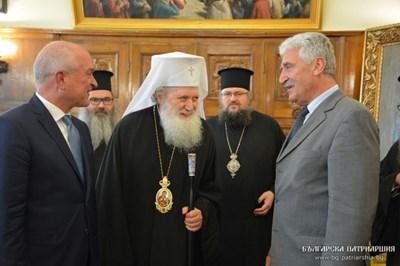 Депутати увериха патриарх Неофит, че църквата ще участва в обсъждането на законопроекти