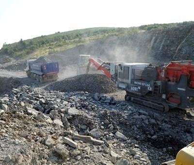 """В момента се изграждат близо 10 км от """"Хемус"""" между Ябланица и Боаза."""