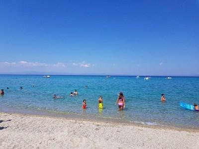 Чистото море в Гърция привлича милиони туристи.    СНИМКА: НИКОЛАЙ ЛИТОВ