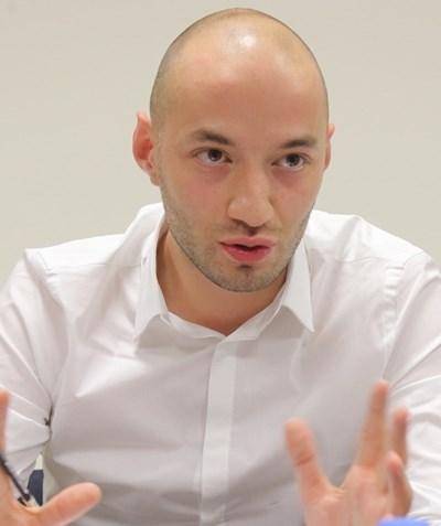 Димитър Ганев: При избори 2 в 1 Румен Радев ще се състезава с кандидати на протестните партии