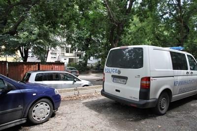 Мястото, където е бил прострелян охранителят СНИМКИ: Анелия Перчева