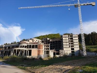 """Недостроеният комплекс """"Мелия-Бейкървил"""". Снимки и видео Станимир Въгленов"""