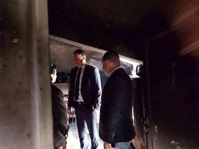 """Кметът Иван Тотев и заместникът му Стефан Стоянов направиха оглед на щетите  СНИМКИ: """"24 часа"""""""