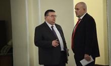 Цацаров не коментирал спекулации, че  става шеф на антикорупцията