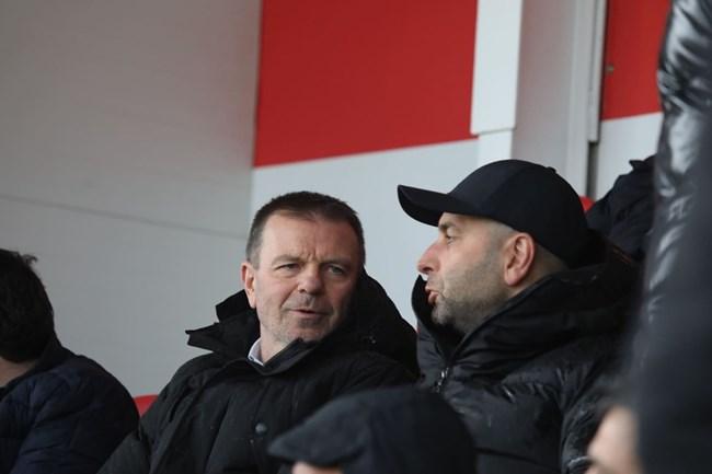 Легендарният играч и треньор на ЦСКА Стойчо Младенов също бе на мача.