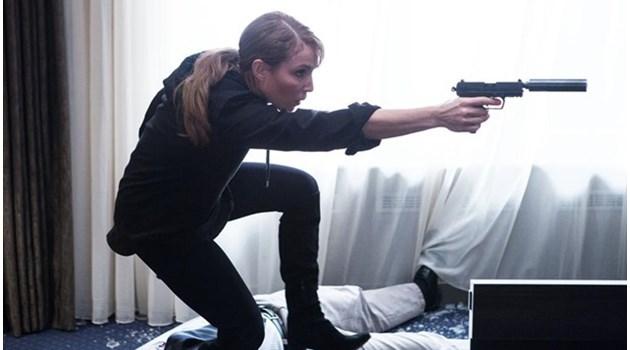 """Нов опит за женска версия на Джеймс Бонд в шпионския """"Пробив"""""""