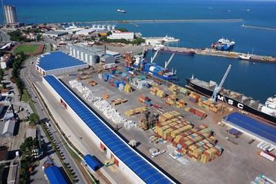 Град Самсун е голямо пристанище в северната част на Турция Снимка: zizuhotel.ru