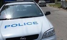 Пиян шофьор катастрофира в Монтанско, нападна полицаите с брадва и нож