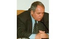 Почина писателят и сценарист Александър Томов